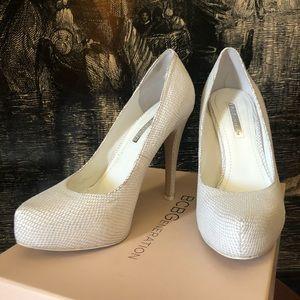 BCBG- White snakeskin print heels- Size 7